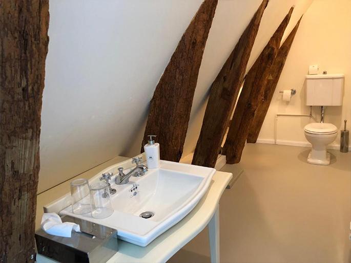 Jagdschloss Kotelow Zimmer mit Badewanne